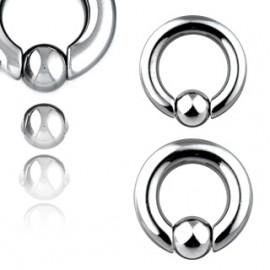 Stříbrné náušnice zdobené perlou a křišťálem