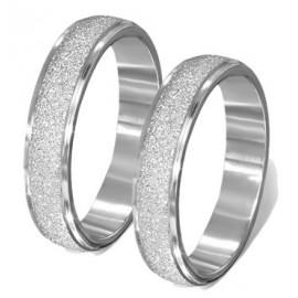 Stříbrný prsten s purpurovým kamínkem vel. 50
