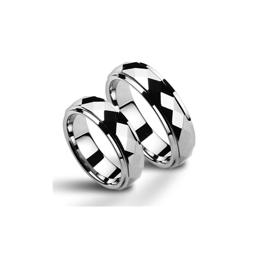 Matný ocelový prsten se zirkonem, velikost prstenu 52