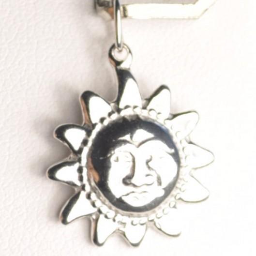 Stříbrný přívěšek sluníčko