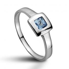 Stříbrný prsten s akvamarínem
