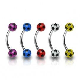 Piercing do obočí - fotbalový míč