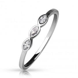 Dámský prsten se 3mi zirkony