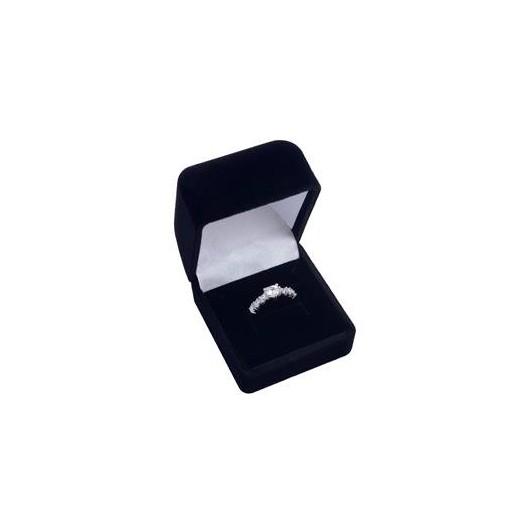 Černá semišová dárková krabička na prsten