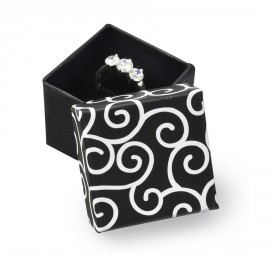 Malá dárková krabička na prsten černá s ornamenty