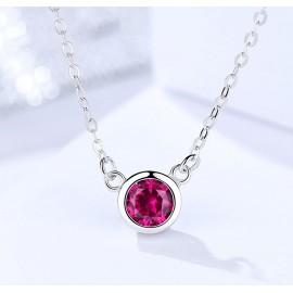 Stříbrný náhrdelník s purpurovým zirkonem