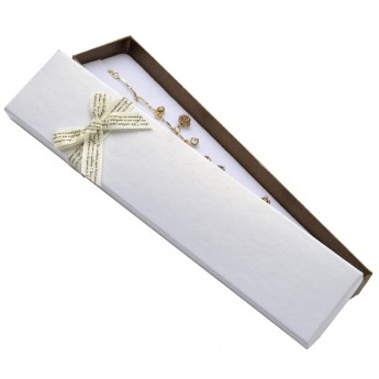 Dárková krabička na náramek s béžovou mašlí