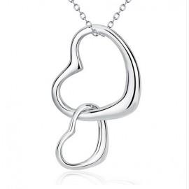 Stříbrný náhrdelník propojená srdce
