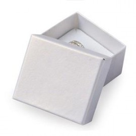 Malá dárková krabička na prsten bílá