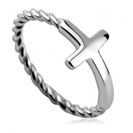 Stříbrný prsten kříž
