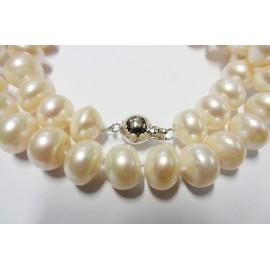 Perlový náhrdelník