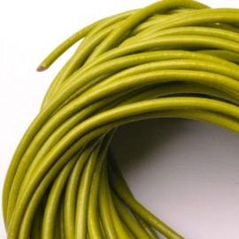 Kožená šňůrka kulatá světle zelená, tl. 2 mm
