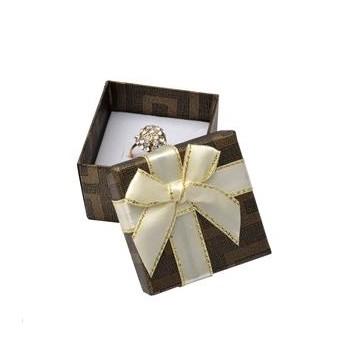 Dárková krabička na prsten hnědá s béžovou mašlí